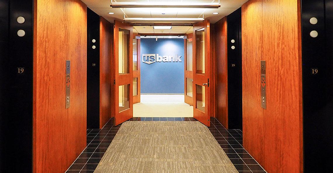 US Bank Plaza 19th Floor